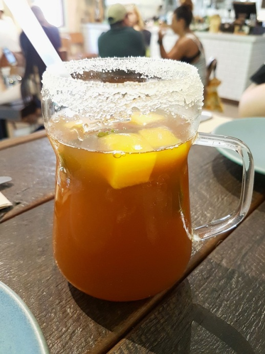 cafe-oratnek-mango-peach-iced-tea